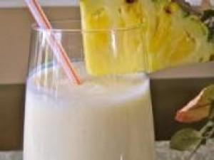 Czy wiesz jak zrobić drink Mary Pickford?