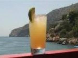 Czy wiesz jak zrobić drink Rum Fantasy?