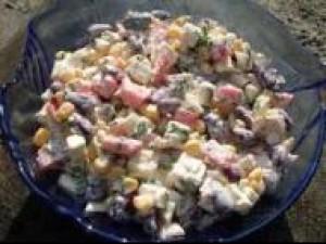 Czy wiesz jak zrobić sałatkę do mięsnego obiadu?