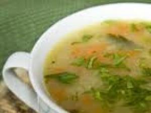Czy wiesz jak zrobić zupę z kluskami z kaszy manny?