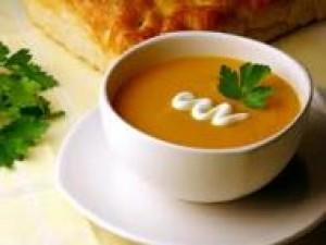 Czy wiesz jak zupę z dyni z kluskami migdałowymi?