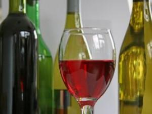Czy wiesz w jakiej temperaturze należy podawać wino?