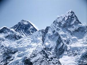 Czy wiesz, że Polacy jako pierwsi zdobyli Mount Everest zimą?