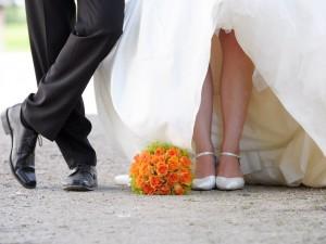 Data ślubu już ustalona – czas zaprosić gości! Kiedy rozesłać zaproszenia na ślub?