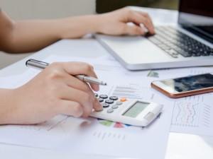 Deklaracja VAT R - kiedy trzeba ją złożyć? Jak prawidłowo wypełnić druk?