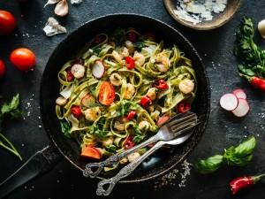 Delikatne i kremowe danie, które zachwyca smakiem - sprawdź nasze przepisy na tagliatelle