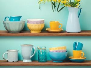 DIY: 5 pomysłów, jak odmienić kuchnięw mniej niż godzinę