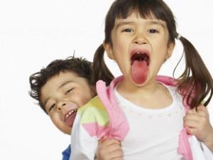 Dlaczego dzieci robią sceny w miejscach publicznych?