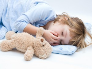 Dlaczego niektóre dzieci źle sypiają