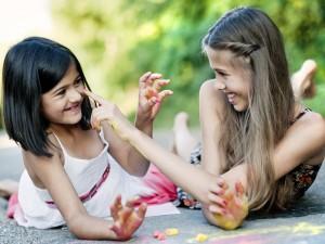 Do wydrukowania: kolorowanki na majówkę dla dziecka!