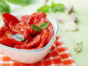 Domowe suszenie pomidorów