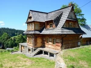 Domy z drewna: 5 powodów, dla których warto je budować