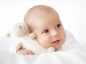 Etapy rozwoju fizycznego malucha