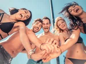 Fantazjujesz o seksie grupowym? Sprawdź, czy warto spełnić to marzenie