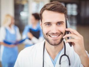 Gdzie szukać pomocy medycznej w dni wolne od pracy?