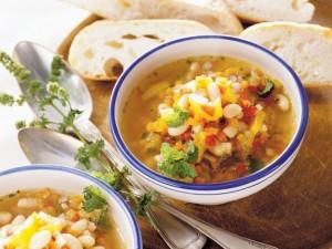 Gęsta i kremowa - sprawdź przepisy na zupę fasolową