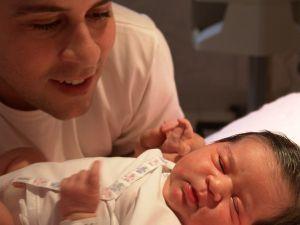 Bycie ojcem to jedno z największych wyzwań w życiu mężczyzny/fot.Fotolia
