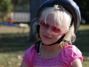 Jak chronić oczy dziecka przed nadmiernym słońcem?