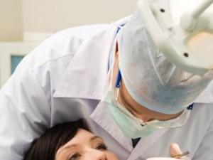 Jak dbać o zęby w ciąży?