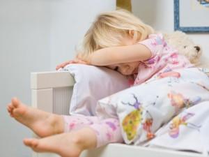 Jak nauczyć dziecko samodzielnego spania?