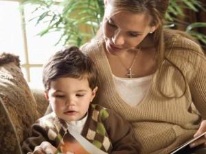 Jak oswoić dziecko z opiekunką