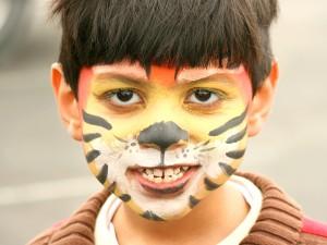 Jak pomóc dziecku pokonać nieśmiałość?