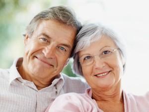 Jak poprawić jakość życia osób starszych – raport PolSenior