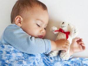 Jak powinno się rozwijać pięciomiesięczne niemowlę?