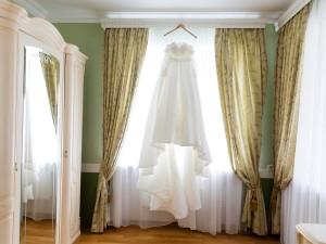 Jak przechowywać suknię ślubną przed i po ślubie?
