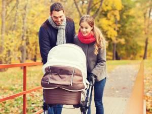 Jak się przygotować do jesiennego spaceru z niemowlakiem?