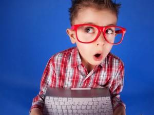 Jak skutecznie odciągnąć dziecko od komputera?