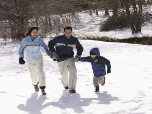 Jak ubrać dziecko na zimowy spacer