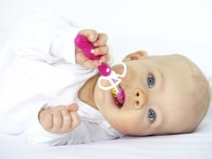 Jak uchronić noworodka przed dysplazją stawu biodrowego?