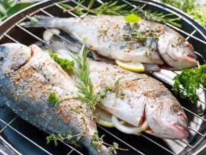 Jak upiec rybę na grillu? - przygotowanie krok po kroku
