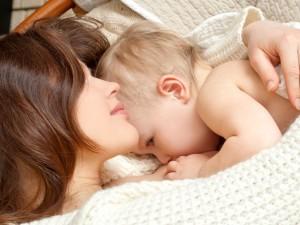 Jak wspomóc laktację u matki karmiącej piersią?