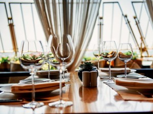 Jak wybrać zastawę stołową