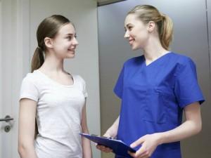 Jak wygląda pierwsza wizyta u ginekologa?