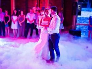 Jak wyprawić idealne wesele – bez zadłużania się i nerwów?