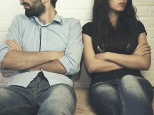 Jak zerwać z chłopakiem? Sprawdź, jak postępować z klasą, gdy zdecydowałaś się zakończyć związek