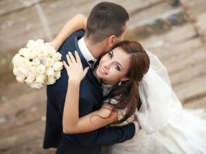 Jakich kobiet poszukują mężczyźni? 10 cech idealnej kandydatki na żonę