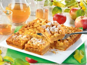 Jedno z najpyszniejszych i najprostszych ciast! Mamy 3 sprawdzone przepisy na jabłecznik na kruchym cieście!