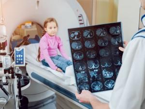 Jest niezbędny w diagnostyce, a tak mało o nim wiemy. Czym jest kontrast i dla kogo może być niebezpieczny?