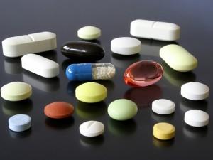 Które leki są szkodliwe podczas karmienia?