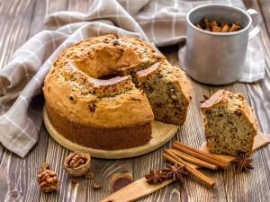 Kwintesencja jesiennych wypieków - sprawdź nasze przepisy na ciasto z orzechami