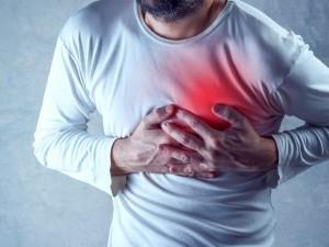 Leczenie serca prądem – czym różni się rozrusznik od defibrylatora?