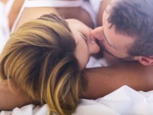 Lubisz się całować? Oto 6 chorób, którymi możesz zarazić się podczas pocałunku
