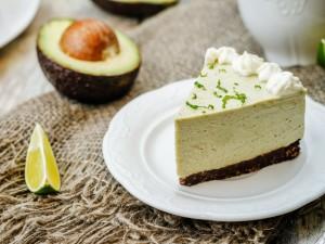 Masło drożeje, więc czas je zastąpić! Zobacz 5 przepisów na klasyczne wypieki z użyciem awokado!