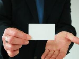 Na czym polega etykieta wizytówek?