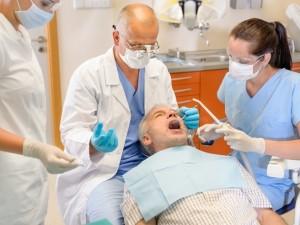 Na czym polega wyrwanie zęba?