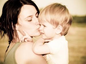 Nadopiekuńcza matka